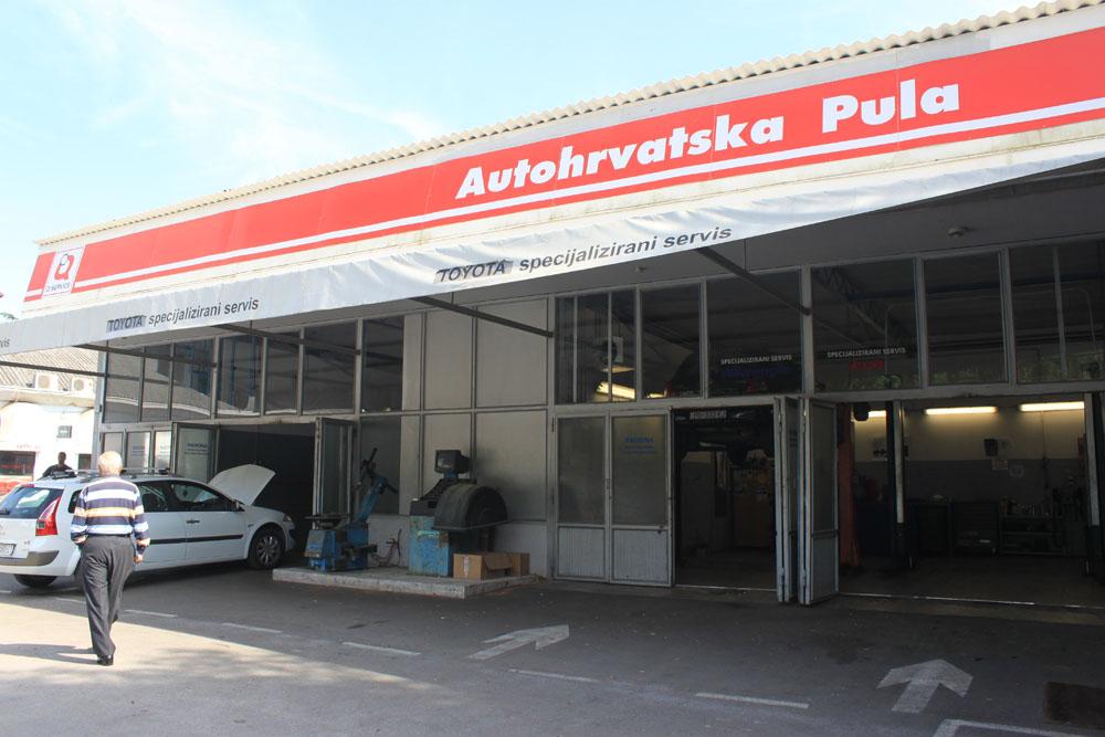 AUTOHRVATSKA PULA