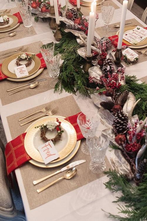 Kako ukrasiti božićni stol