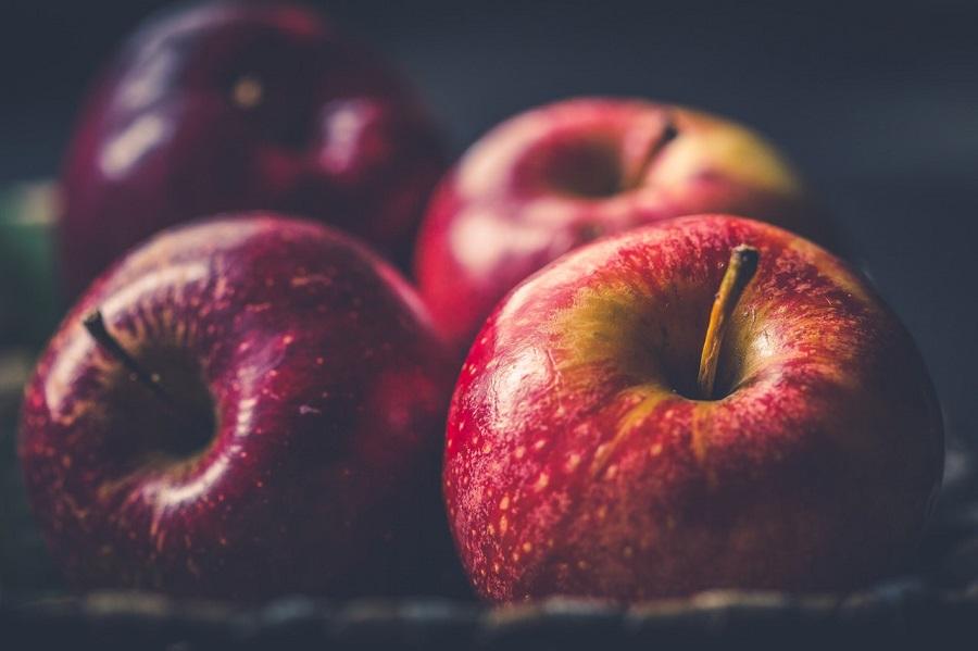 Jesenske zdrave namirnice, jabuka