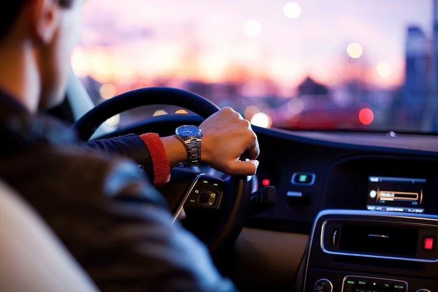 Razvijeno je inovativan IT alat koji prepoznaje umor na licu vozača