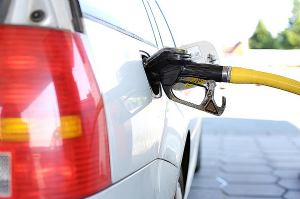 Europska komisija u planu ima nadzor stvarne potrošnje goriva svakog automobila
