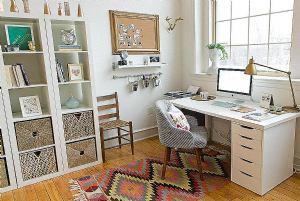 Radite od kuće? Donosimo vam ideje kako urediti kućni ured kako biste ostali produktivni