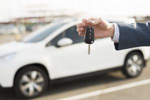 Što sve trebate znati ako kupujete ili koristite službeno vozilo