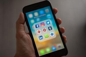 Studije pokazuju kako je ovisnost o društvenim mrežama nalik ovisnosti o drogama