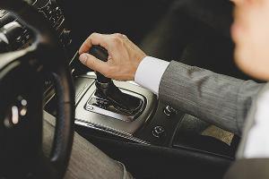 Vlasnik ste automobila s ručnim mjenjačem? Evo koje pogreške svakodnevno radite