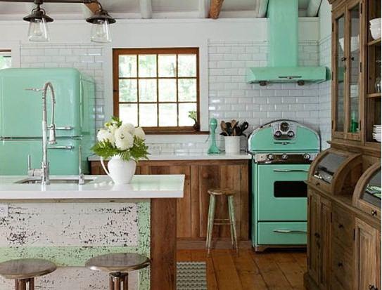 Retro je i dalje in - uredite kuhinju u vintage stilu