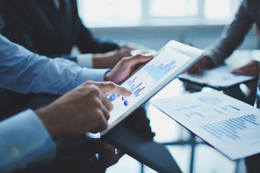 Uvođenje digitalnog poreza odgođeno za kraj iduće godine